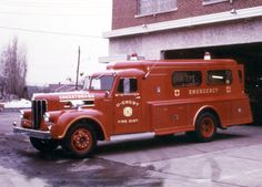 Young Fire Equipment Co 1957 Maxim/Young Rescue Squad