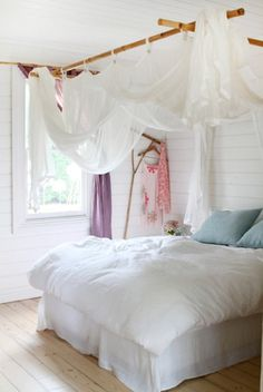 makeshift canopy bed