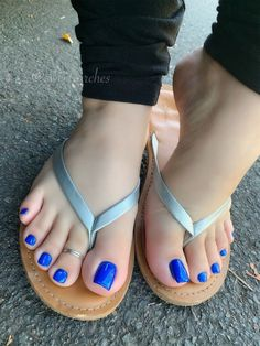 Beautiful Toes, Pretty Toes, Feet Soles, Women's Feet, Carrie Underwood Feet, Long Toenails, Blue Toes, Foot Pics, Sexy Legs And Heels