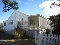 Quiet Shores a 2 Bedroom  Rental House in Ocracoke, part of the Ocracoke Island of North Carolina. Includes Waterfront