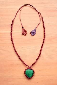 macrame necklace • malachite • ethnic