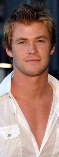 Young Chris Hemsworth.. so cute :)