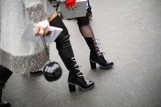 Las 'chain boots' de Chanel