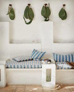 EN MI ESPACIO VITAL: Muebles Recuperados y Decoración Vintage: De obra { Concrete furniture } http://enmiespaciovital.blogspot.com/2014/03/de-obra-concrete-furniture.html?utm_source=feedburner&utm_medium=email&utm_campaign=Feed:+EnMiEspacioVitalMueblesRecuperadosYDecoracinVintage+(EN+MI+ESPACIO+VITAL:+Muebles+Recuperados+y+Decoraci%C3%B3n+Vintage)&m=1