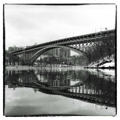 The Henri Hudson Bridge - Another part of my three-year project to photograph all the bridges around Manhattan with my Hasselblad 500c ended last summer - I spend almost all my week-end biking around the city to find the most accessible places and the best time during all seasons to freeze those beautiful bridges. 60 different views of 28 different structures linking Manhattan, including Roosevelt Island, Ward's Island & Randall's Island, to the surrounding boroughs. Exhibit and Book on the…