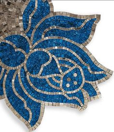 mosaic- I'd love to have a stone pathway where I could have a mosiac like this on it. Mosaic Wall Art, Mosaic Diy, Mosaic Crafts, Mosaic Projects, Tile Art, Mosaic Glass, Mosaic Tiles, Mosaics, Art Crafts