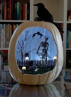 Want to make a Halloween pumpkin diorama? Save this fall DIY tutorial.