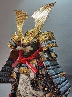 Japanese Interior, Japanese Design, Japanese Style, Samurai Helmet, Samurai Armor, Japanese Artwork, Craft Online, Traditional Japanese, Japanese Culture
