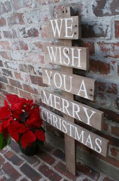 Pallet Christmas Decorations | Pallet Christmas Tree