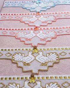 Mug Rug Patterns, Quilt Patterns, Girls Quilts, Baby Quilts, Patch Quilt, Quilt Blocks, Baby Quilt Size, Crochet Chicken, Animal Quilts
