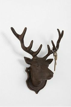 Deer Head Hook- trendy, boyfriend would love.... Cant decide how i feel.. maybe too much for this city gal ;)