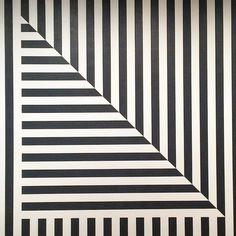 Sol LeWitt: Wall Drawing 370, 1982. Ph: Karen Clancy.