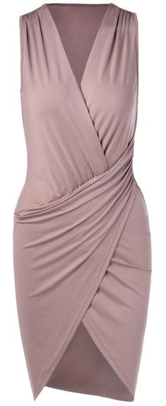 this would make such a great piece in a capsule wardrobe - simple yet interesting, elegant, versatile, and figure flaunting! not to mention the beautiful neutral color
