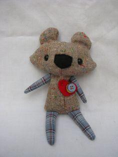 hugo a tiny bear with a big heart by thekeepmecompany on etsy 2400