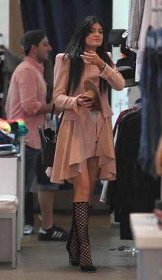 Kylie Jenner - The Kardashians Enjoy a Shopping Day