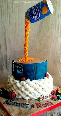 My first attempt at an anti gravity cake