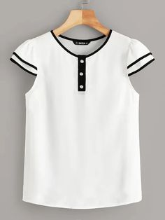 Casual Style Summer Season Contrast Piping Half Button Detail Round Neck, Short Sleeve Polyester Material 1 x Blouse Summer Blouses, Summer Shirts, Blouse Styles, Blouse Designs, Fashion Clothes, Fashion Outfits, Woman Outfits, Mode Style, Fashion News