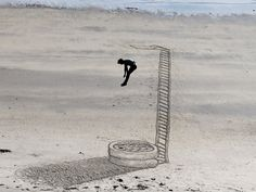 Look Out Below - Amazing sand drawings