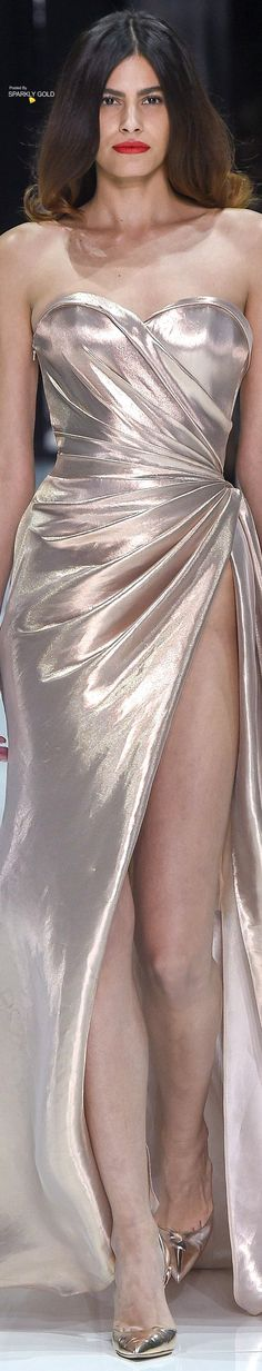 Spring style!! TREND 2018!! Metallics!! Silver satin gown!! Ralph & Russo Spring 2018 Couture