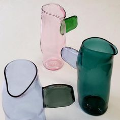 ew jugs on show at flow gallery Glass Ceramic, Art Object, Simple House, Glass Design, Interior And Exterior, Home Accessories, Glass Art, Furniture Design, Tableware