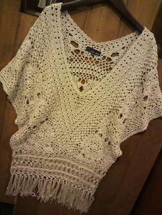 Crochet Shirt crochet top with shorts, strappy sandals and a big floppy hat? Crochet Jumper, Crochet Blouse, Crochet Bikini, Crochet Woman, Love Crochet, Crochet Bodycon Dresses, Crochet Summer Tops, Crochet Tops, Hippie Crochet