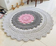 Multi colour doily rug Tapis Bohemian Shabby Chic Country Bedroom Rustic Floor Decor Teppich rund alfombra trapillo modern carpet - Care - Skin care , beauty ideas and skin care tips Beige Carpet, Diy Carpet, Carpet Tiles, Modern Carpet, Rugs On Carpet, Contemporary Carpet, Brown Carpet, Stair Carpet, Crochet Doily Rug