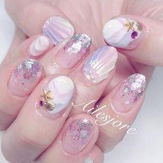 Pin by Lily Callejas on Nails Linda Nails, Luv Nails, Xmas Nails, Gorgeous Nails, Pretty Nails, Seashell Nails, Kawaii Nails, Japanese Nail Art, Mermaid Nails
