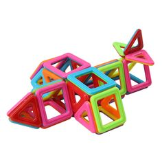 The magnet toys set can be combined into many patterns. Construction Toys For Boys, Magnetic Building Blocks, Motor Skills, Kids Toys, Boy Or Girl, Shapes, Patterns, Creative, Fun