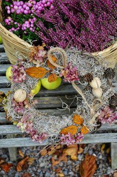 LILJOR OCH TULPANER: Tips till höstens dörrkransar...