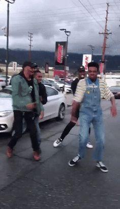 dancing joy happy dance optimistic jay versace from Happy Dance Meme, Dance Memes, People Dancing, Dirty Dancing, Jay Versace, Funny Black People Memes, Dancer Problems, Moves Like Jagger, Versace Fashion