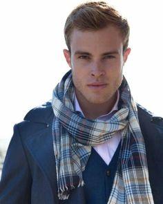 The many ways to wear a man-scarf