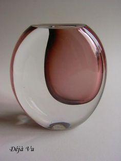Oud-glaswerk-Kosta-Lindstrand-jaren-50