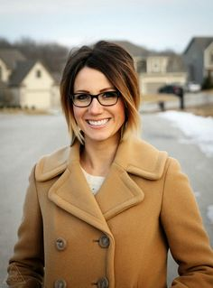 She makes the ombré look freaking adorable on short hair! #jealous love her glasses too!