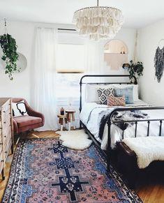 44 elegant boho bedroom decor ideas for small apartment Bohemian Bedroom Apartment bedroom Boho decor Elegant ideas Small Diys Room Decor, Room Ideas Bedroom, Dream Bedroom, Home Decor Bedroom, Decor Ideas, Bedroom Table, Bedroom Black, Modern Bedroom, Contemporary Bedroom