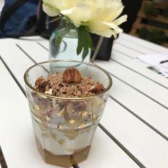 Verrines de pommes au sirop d'érable sous toutes ses formes Pudding, Ice Cream, Desserts, Food, Recipe, Kitchens, Sliced Apples, Greek Yogurt, No Churn Ice Cream