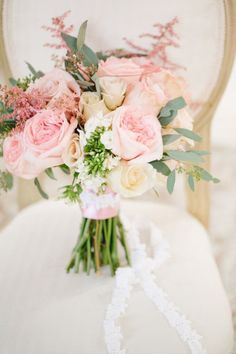 #champagne #blush #bouquet #flowers #wedding #roses #pink