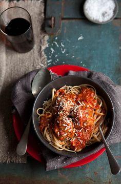 drizzleanddip:  Meatballs with Napolitana sauce