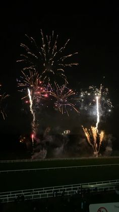 Diwali Fireworks, Fireworks Gif, Fireworks Pictures, Happy New Year Fireworks, Happy New Year Gif, Happy New Year Pictures, Fogo Gif, Happy New Year Calligraphy, Fireworks Photography