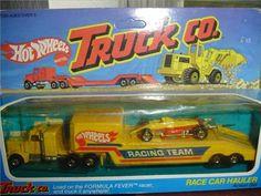 Crazy Cars, Weird Cars, Hot Wheels Display, Vintage Hot Wheels, Hot Wheels Cars, Childhood Toys, Diesel Trucks, Toys Shop, Car Stuff