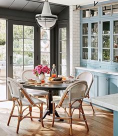 Comparing the Riviera Bistro Chairs and Stools VS. the copycats and alternatives. The 4 best bistro chairs that stand the test of time! All kinds of bistro stools, kids bistro chairs, and the classic. Hollywood Hills Homes, Design Case, Cozy House, Cheap Home Decor, Home Remodeling, Outdoor Furniture Sets, Furniture Ideas, Furniture Design, Furniture Nyc