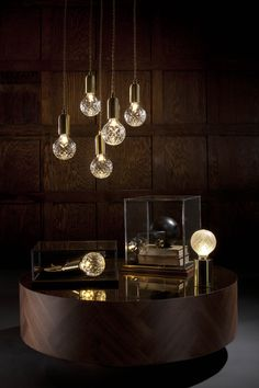 Crystal Bulbs - Clear Chandelier and Frosted Table Light | #LeeBroom www.bijdendom.nl