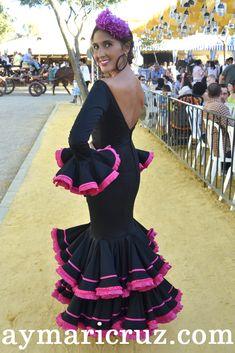 Flamencas en la Feria de Lebrija 2014 Spain Fashion, Spanish Wedding, Lace Veils, Mermaid Gown, Cute Outfits For Kids, Dress Patterns, Frocks, Gowns, Ankara
