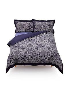 Feast Jacquard Bedding Set   M&S