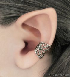 Ear Cuff Soft Whispers - Silver Filigree Ear Cuff, Gothic Jewelry, Fantasy Jewelry, Silver Earcuff, No Piercing, Silver Ear Cuff
