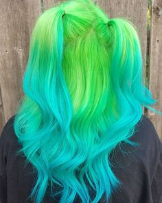 Had enough of your old hair color! What if you think about changing your hair color? Before you hit the hair bar, you should definitely try out these . Cute Hair Colors, Pretty Hair Color, Beautiful Hair Color, Hair Dye Colors, Crazy Color Hair Dye, Green Hair Colors, Bright Hair Colors, Neon Green Hair, Aesthetic Hair