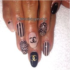 Coco Chanel nail art. Black and nude nail design. Almond nail design. Shellac nail art