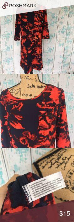 Merona size small floral print dress Merona size small floral print dress. Midi length with cropped sleeves, and a chest pocket. Merona Dresses Midi