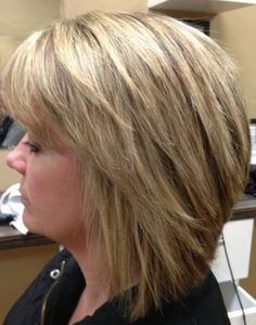 Bob Hairstyles – The Great Look Through The Years – Stylish Hairstyles Medium Hair Cuts, Short Hair Cuts, Medium Hair Styles, Short Hair Styles, Short Hair Back, Short Choppy Hair, Hair Styles 2014, Choppy Bob Hairstyles, Bobbed Hairstyles With Fringe