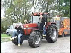 Mooi Wark - Vi'j 't gek (Dreuge bek) - Officiële Videoclip Tractors, Om, Video Clip
