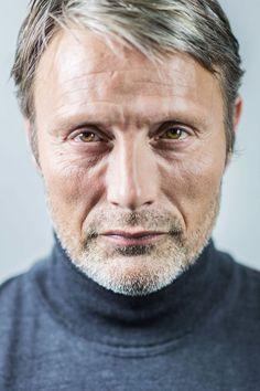 L'acteur ne se voit pas comme un ambassadeur, mais se réjouit de « rendre le monde curieux du cinéma danois ». - Vivien Robert
